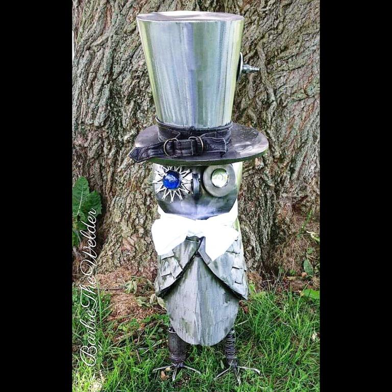 steampunk owl welded metal art scupture by barbiethewelder